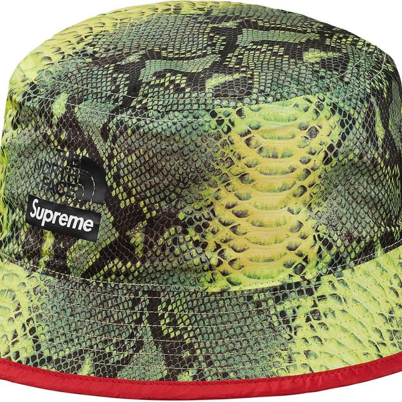 5511fd764945f Supreme The North Face Snakeskin Packable Reversible Crusher Green L XL •  Hats • Strictlypreme