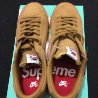 Supreme X Nike SB Blazer Low GT UK 10.5 Beige  | Image 2