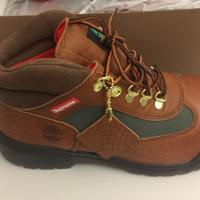 Supreme x Timberland Field Boot Brown 9US | Image 2