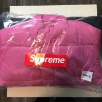 Supreme Gradient Puffy Jacket Pink | Image 2