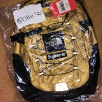 Supreme / TNF Gold Borealis Backpack | Image 1