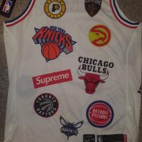 Supreme®/Nike®/NBA Teams Authentic Jersey | Image 2