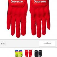 Supreme x Fox Gloves Red S | Image 1