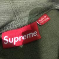 Supreme portrait hooded swearshirt | Image 3