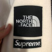 Supreme TNF Fleece Natural FW18 | Image 3