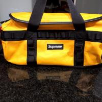 SUPREME NORTH FACE LEATHER BASE CAMP DUFFEL TAXI YELLOW BACKPACK URBAN | Image 1